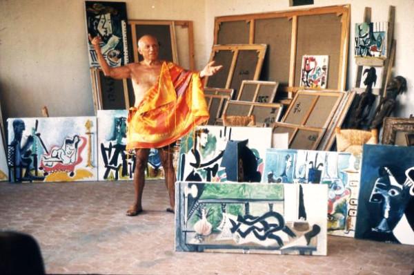 Picasso-dans-latelier-de-Mougin_1963_Robert-Doisneau